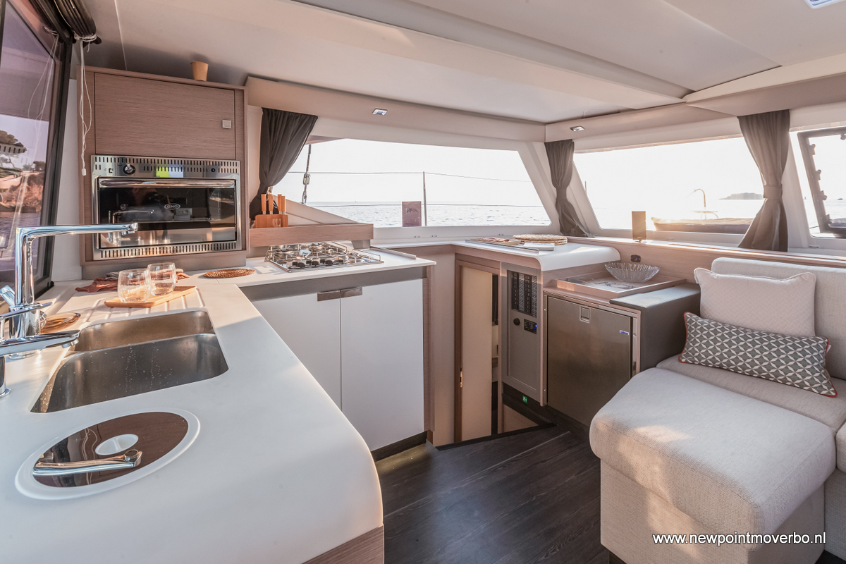17/09/2020, Bandol (FRA,83), Chantier Fountaine-Pajot, Isla 40